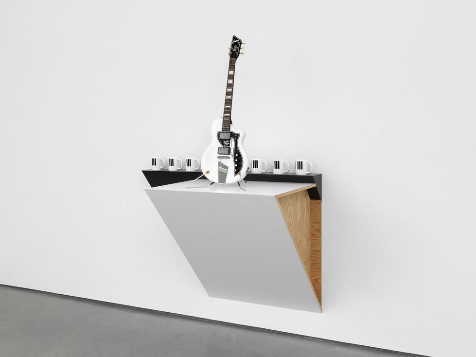 Haim Steinbach / White Cube