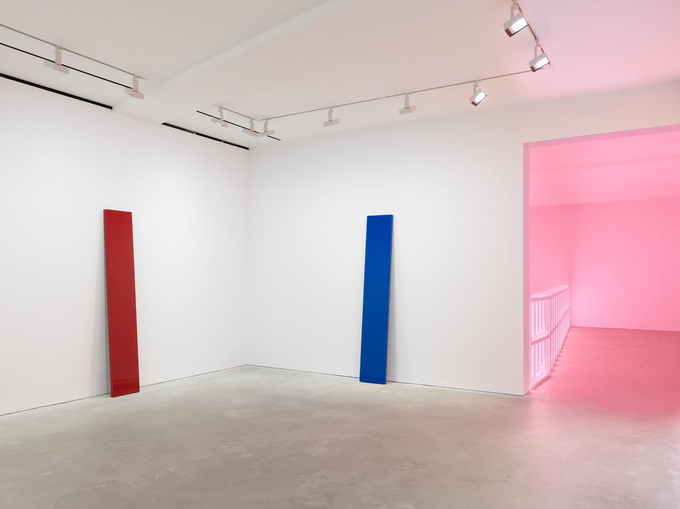 John McCracken and Dan Flavin / David Zwirner Hong Kong