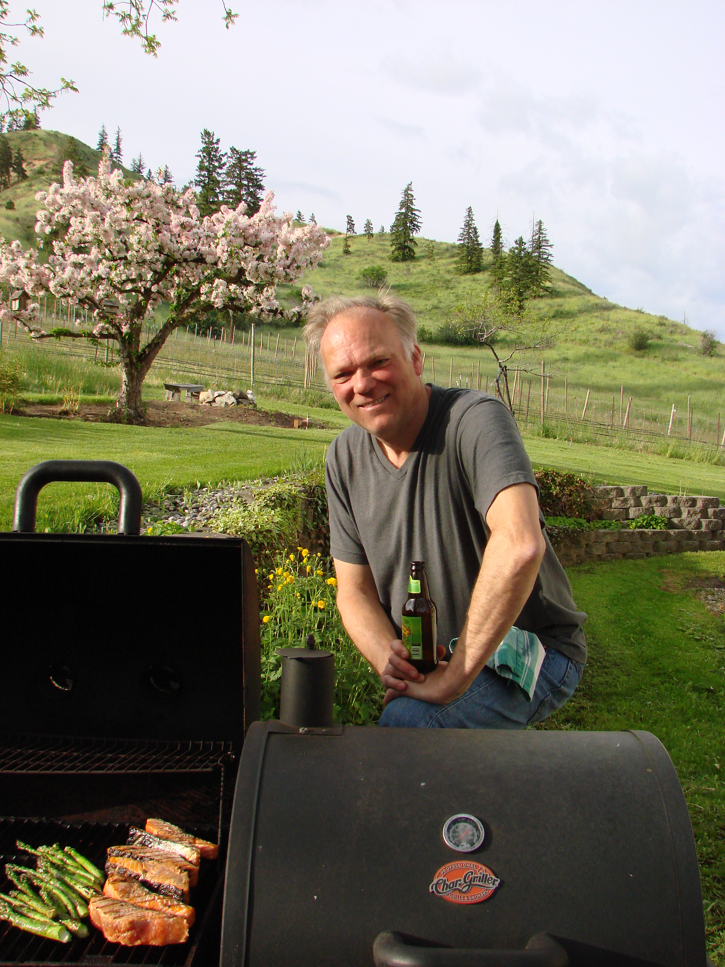 Memorial Wkend BBQ at farm.JPG