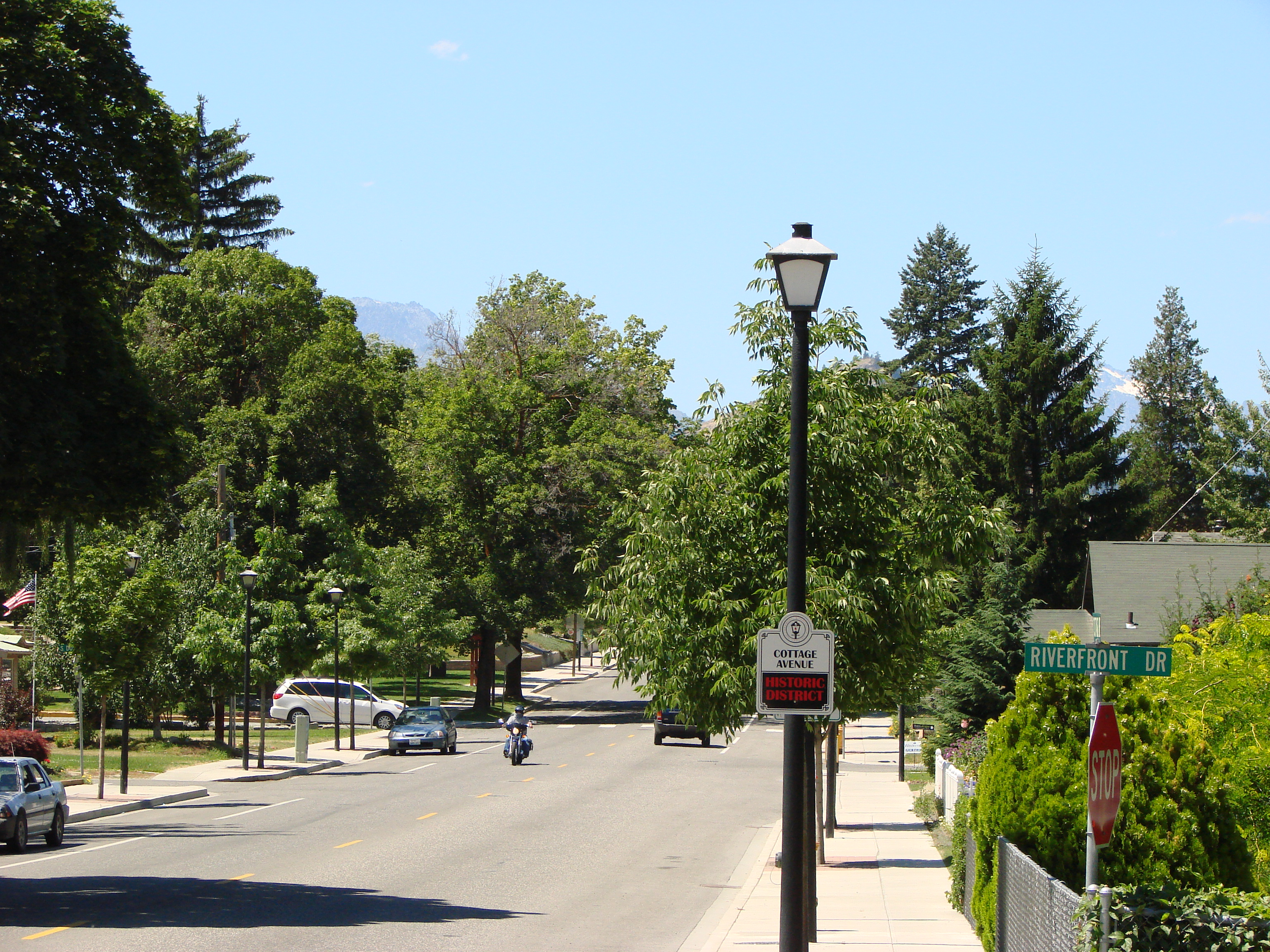 Cottage street.JPG