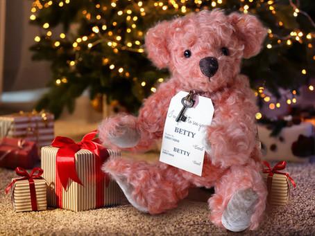 クリスマスプレゼントにぴったり! ローズピンクのテディベア 【BETTY】