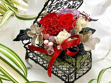 【母の日】 楽器 音楽 フラワーアレンジ プリザーブドフラワー ピアノ ブラック 赤い薔薇