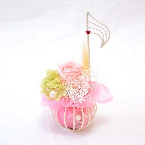 楽器と音楽のフラワーアレンジ 音符♪ミルキーピンク  【プリザーブドフラワー】