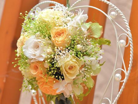 ハート型リース 夏のローズアレンジ ホワイト&イエロー 【プリザーブドフラワー】