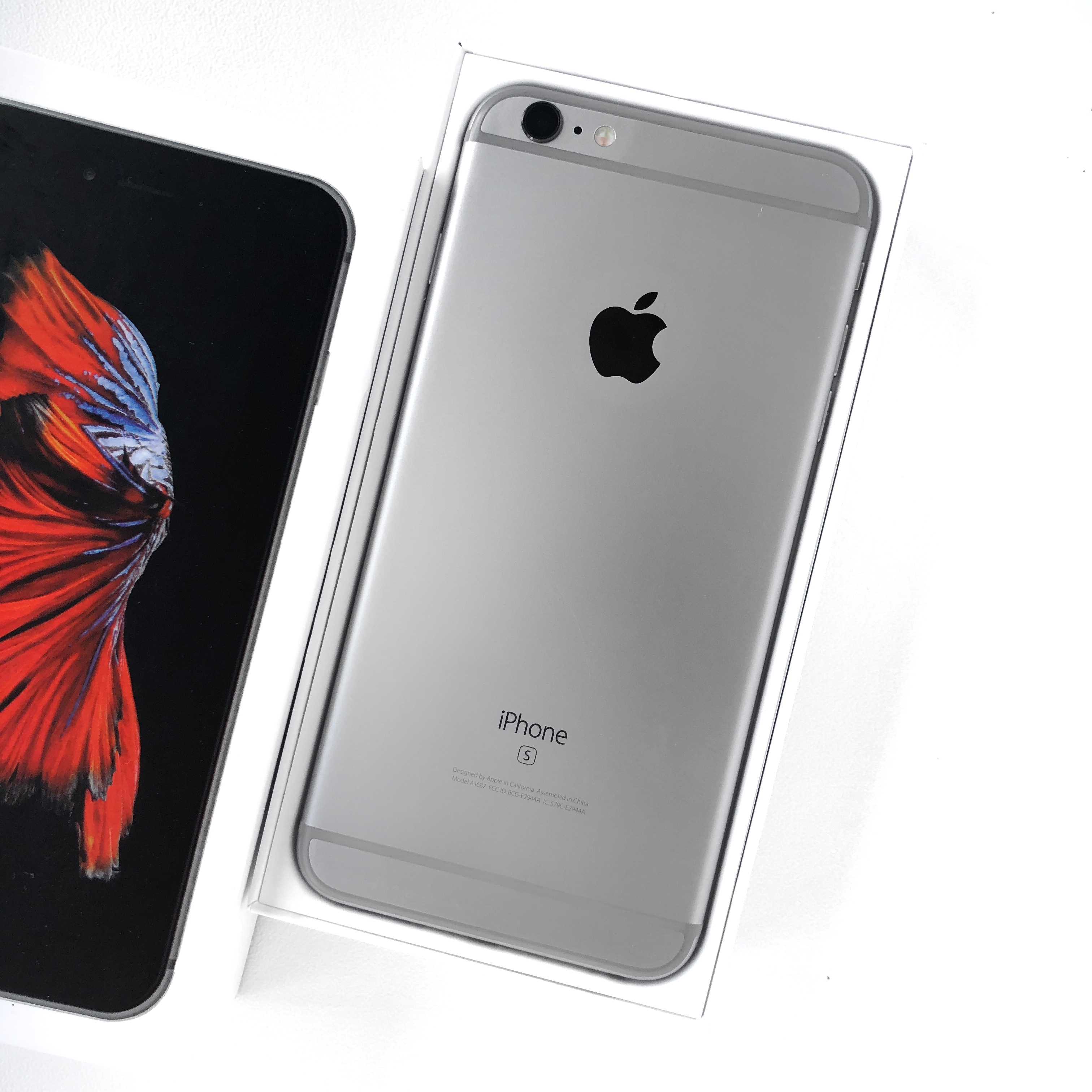 вживані iphone із США iphone 6s plus
