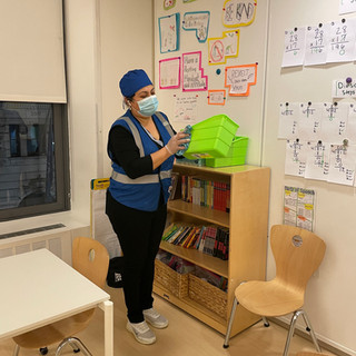 School Cleaning - 100 Cleaners Inc_