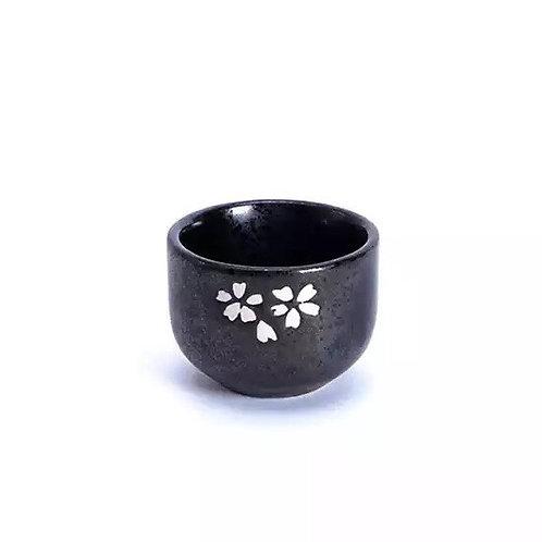 Black ceramic tea cup