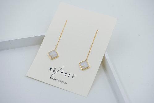 Long Diamond Shape Korea Marbel Design Earring