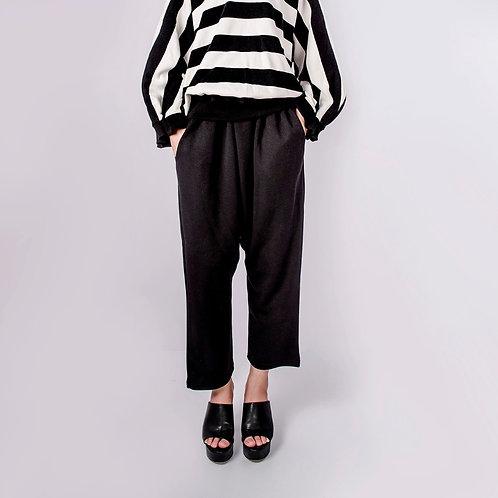 Soft Cotton Harem Pants in Black