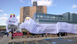 Burger King se fantasia de McDonald's para 'assustar' clientes no Halloween