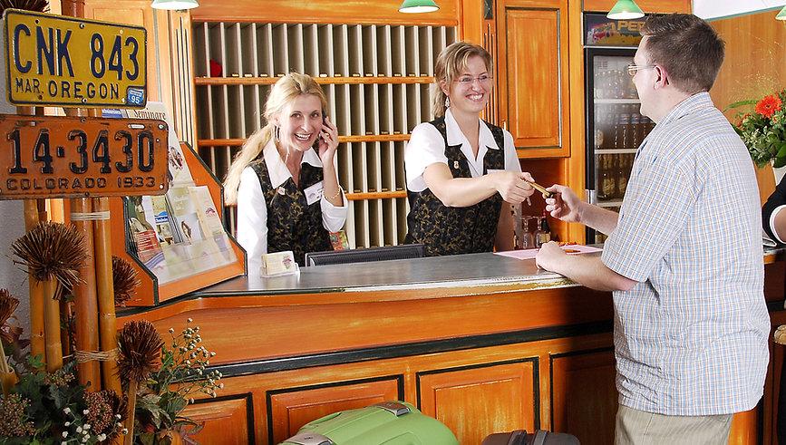Rezeptionsteam Hotel Amerika Bad Schussenried
