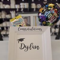 Graduation Basket with Customized Plate
