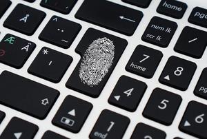 How to Lock Aadhaar Biometric Data Online