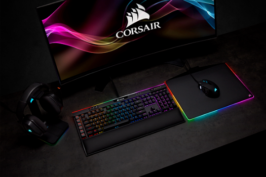 Corsair Mouse Keyboard Headphones
