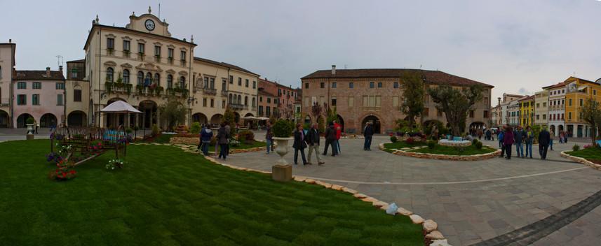 Este plaza fiori