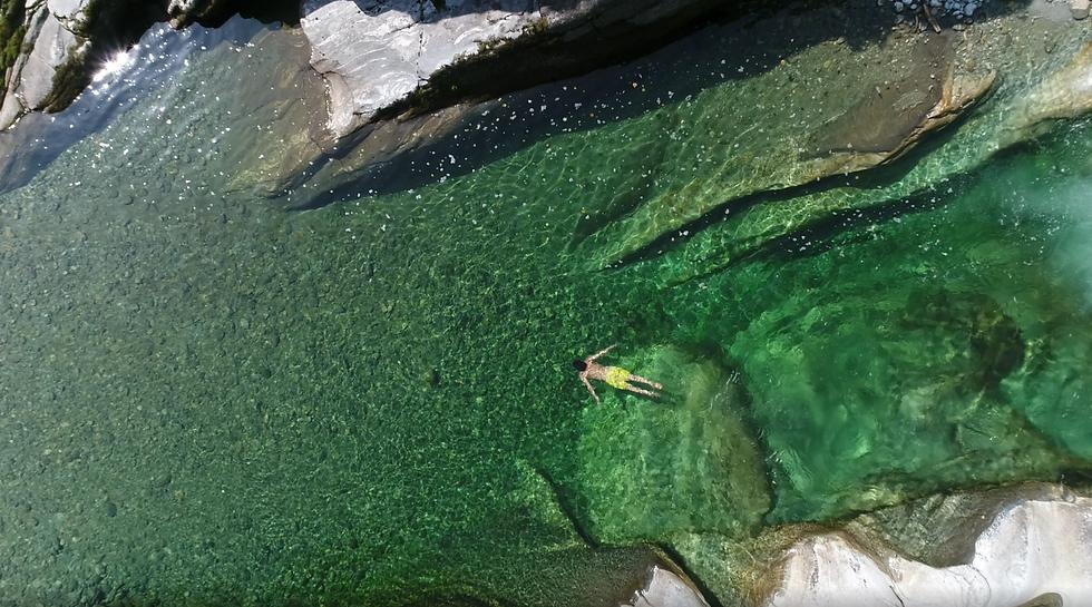 Drone screenshot swimming.png