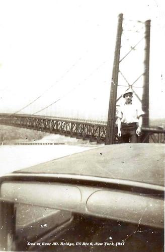 Dad 1941.jpg