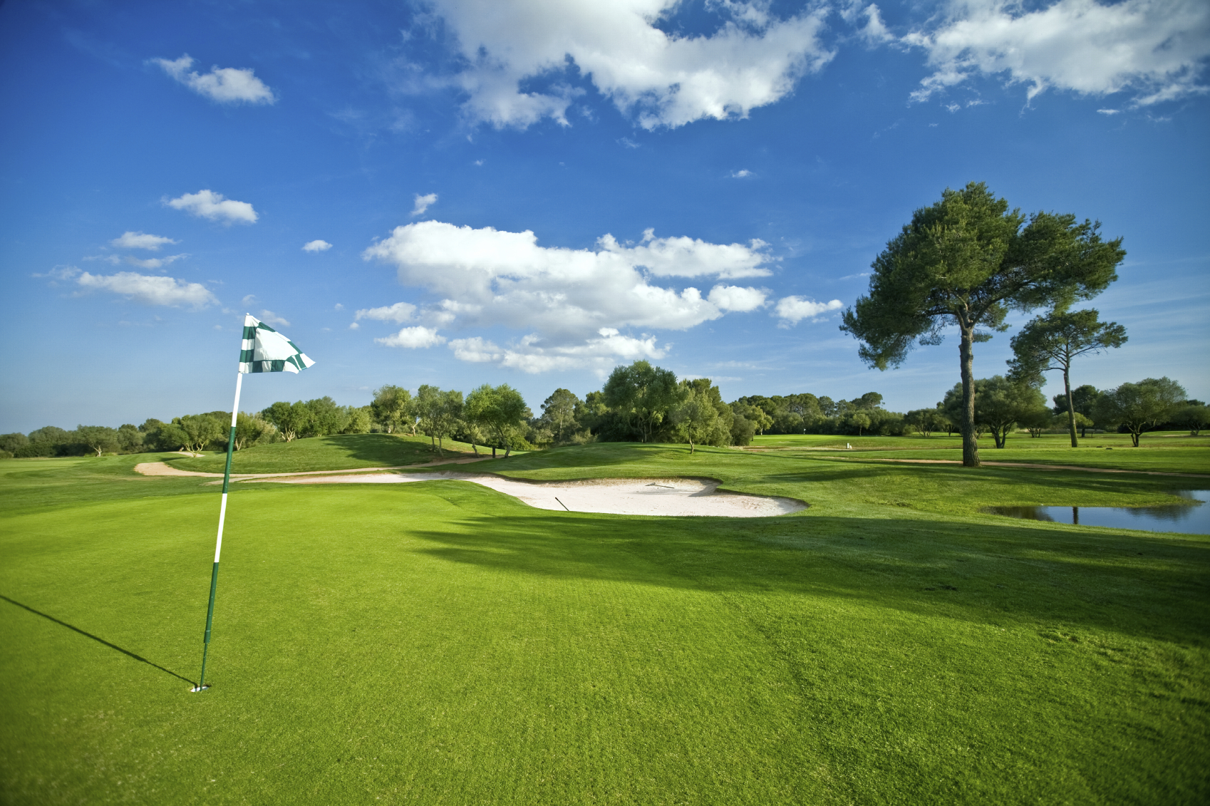 Golf iStock_000006190856Medium