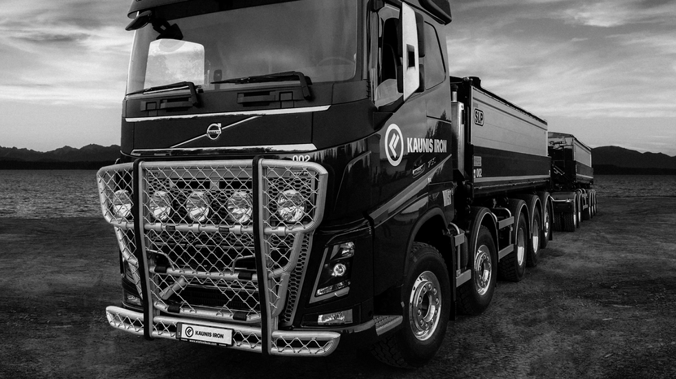 KI-truck-IMG_1036PB-comp-3-1.png