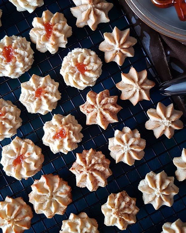 Gluten Free vegan Almond Cookies