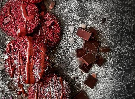 Red Velvet Chocolate Chip Cookies (gluten free, vegan)
