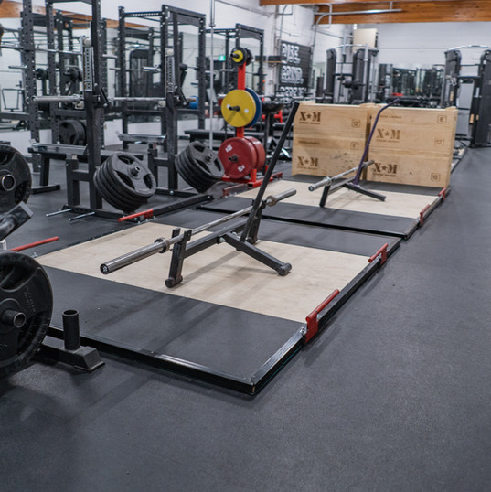 Four deadlift/olympic platforms