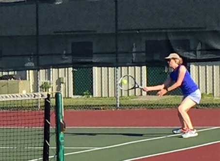 The women hit the courts!