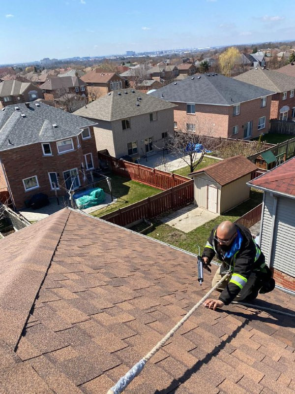 Toronto Roof Repairs (19).jpg