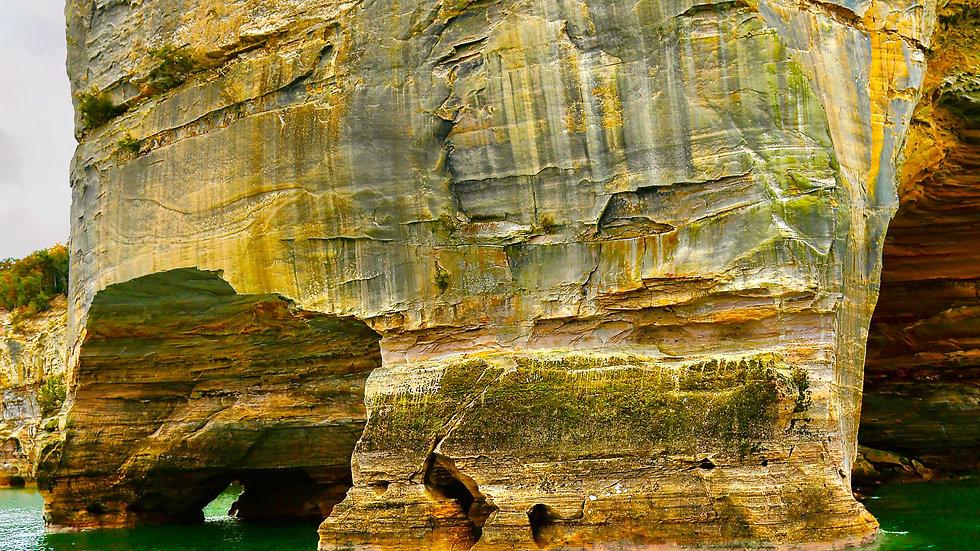 Grand Portal's Cavern