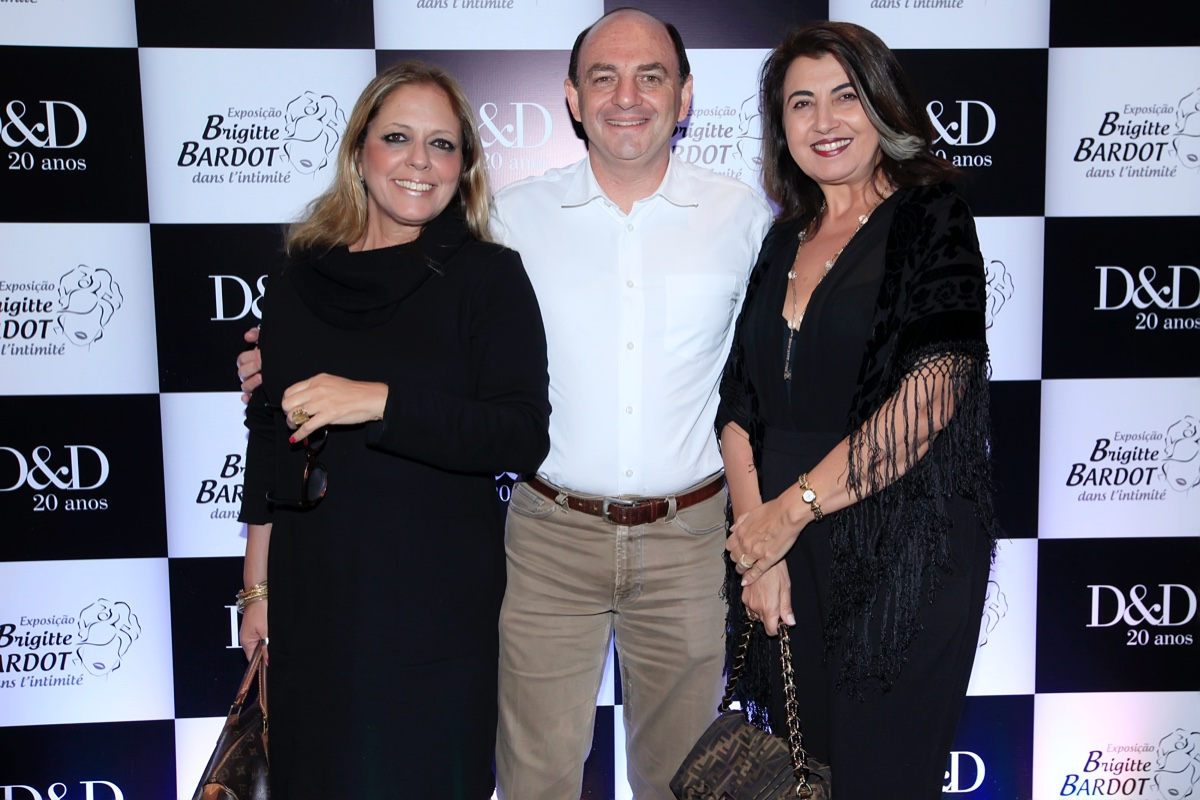 Tota Penteado, Breno Rivkind e Bianca Mugnato_0002.jpg