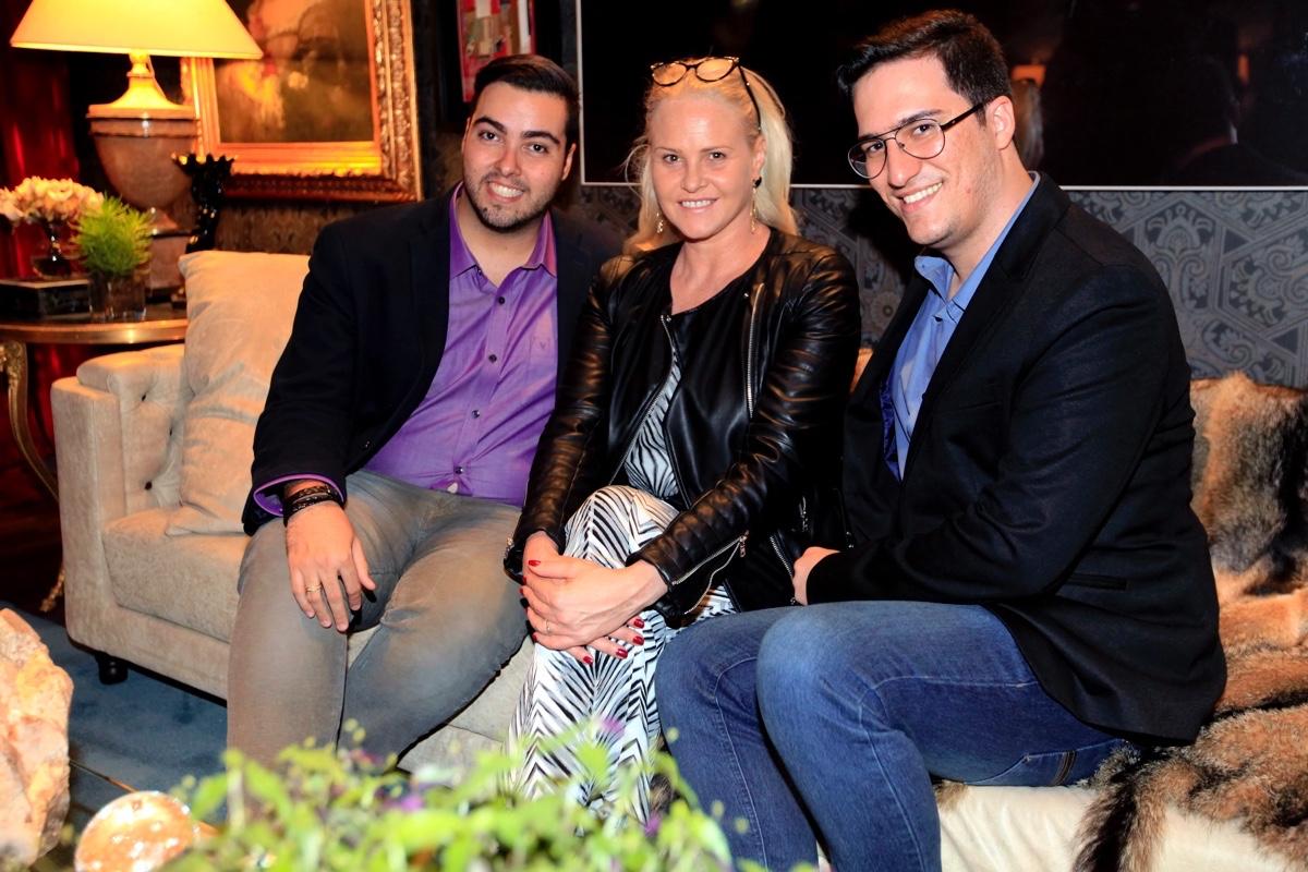 Marcelo Borges, Claudia Liz e Arthur Athayde_0002.jpg