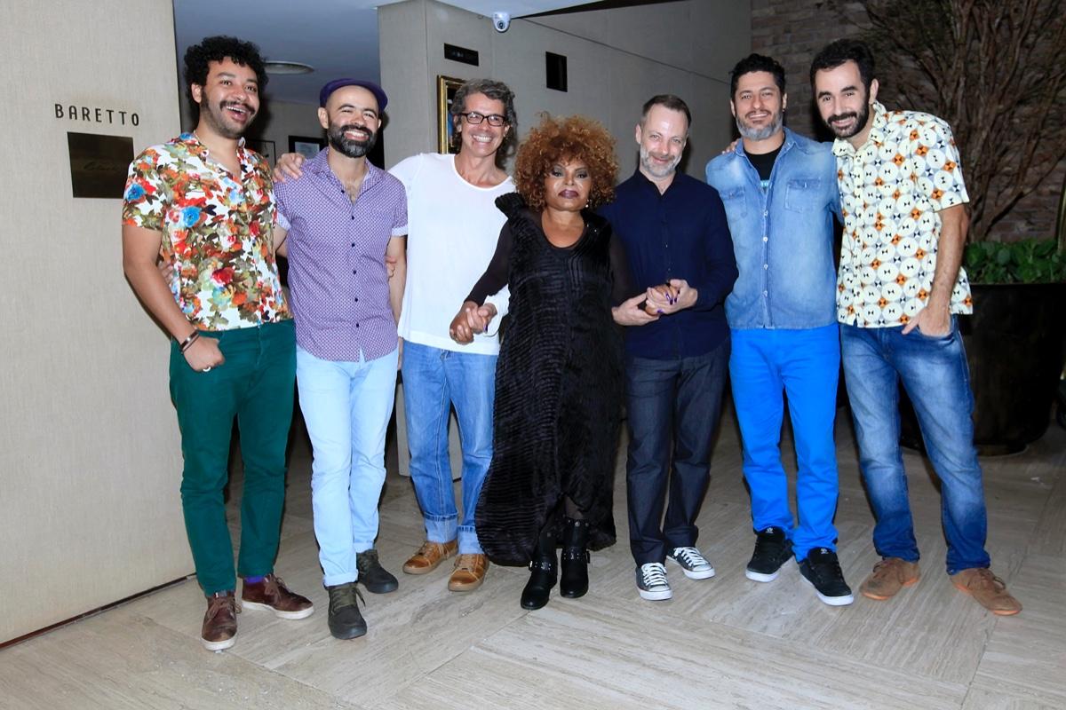 Elza Soares com Banda_0003.jpg