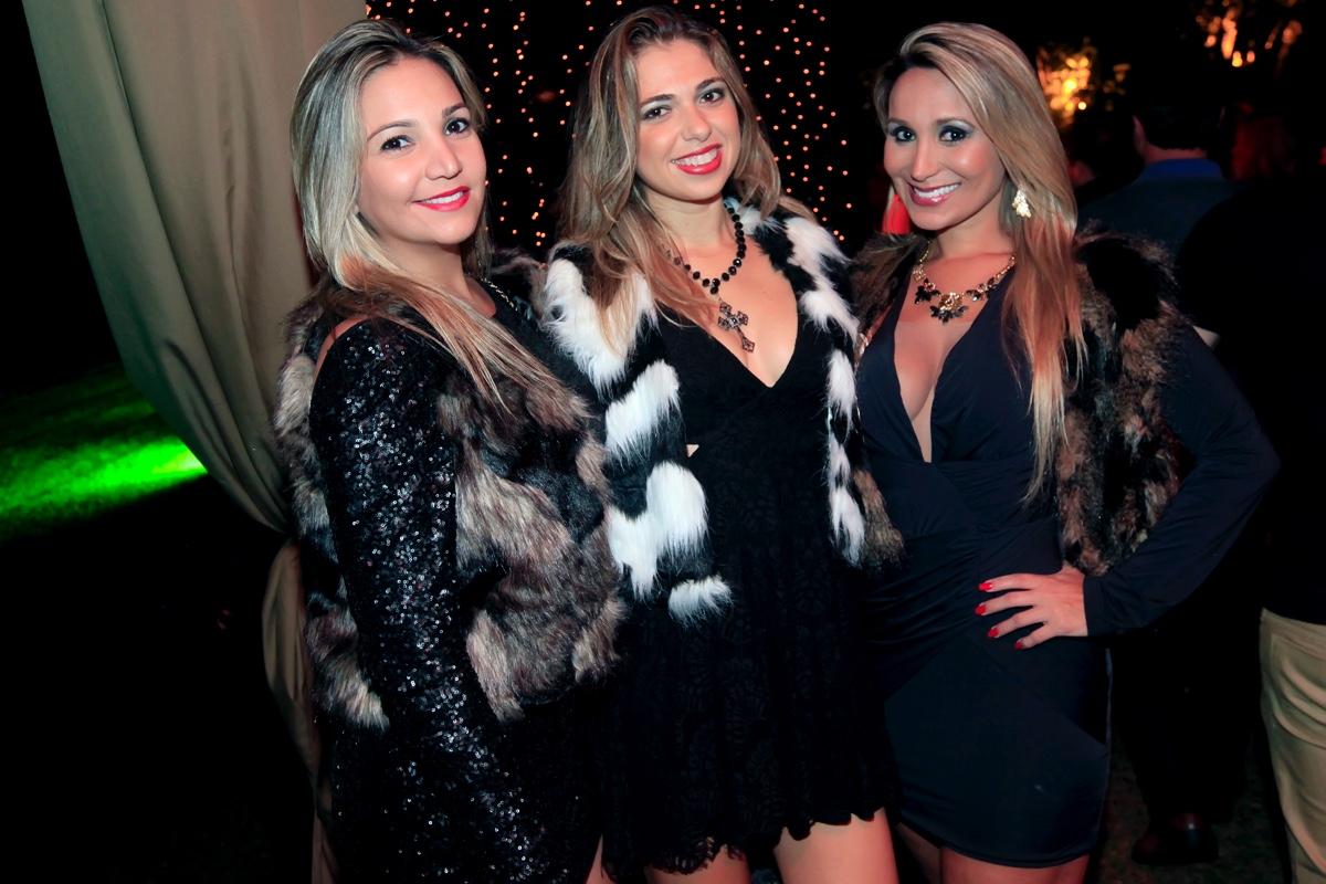 Giselle Hoffmann, Paula Chimelli e Juliana Cunha.jpg