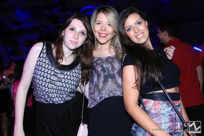Ingryd halcsick, Adriana Ferezin, Aline Zuppo