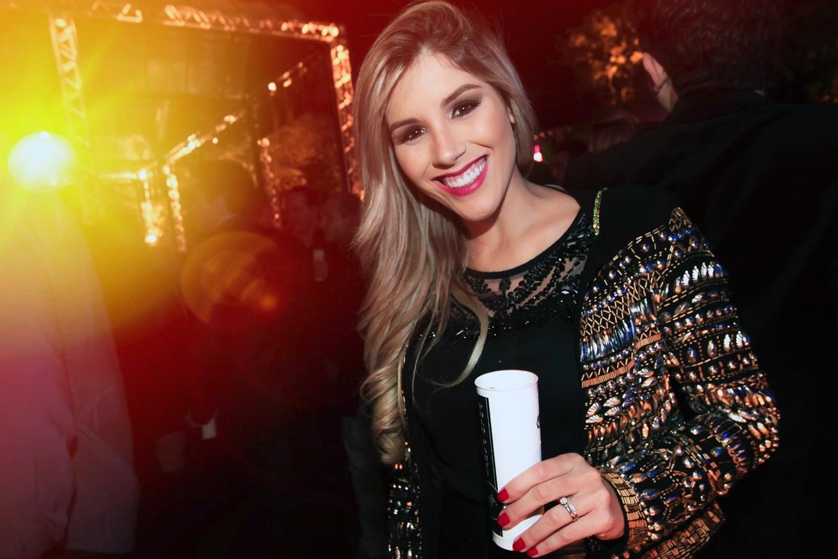 Carla Muniz.jpg