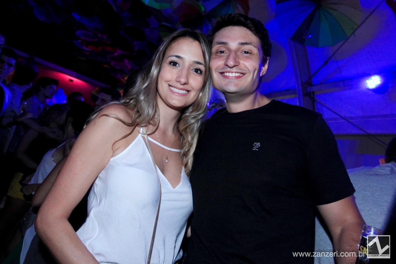 Carol Guimaraes e Adriano Cavalheiro