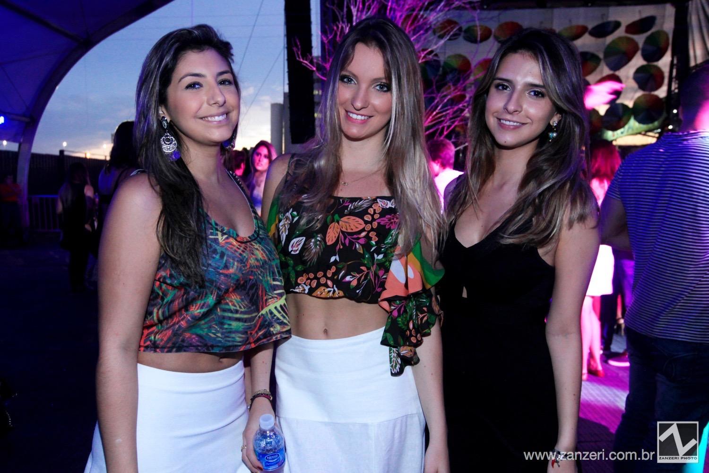 Carolina Simony, Bruna Tasca e Fernanda Mattos
