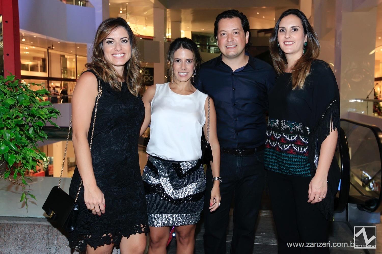 Flavia Mesquita, Bruna Ximenes, Andre Leite e Mariana Almeida