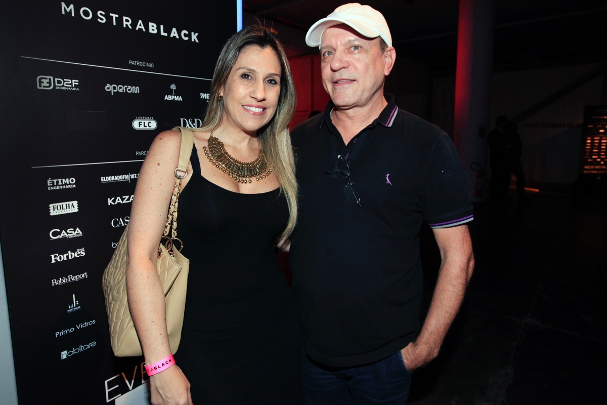 Leila Libardi e Caco Carneiro_0002.jpg