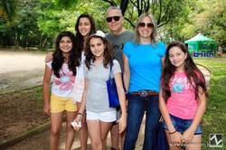 Rricardo Rossi, Lau Rossi e Paola Rossi com amigas