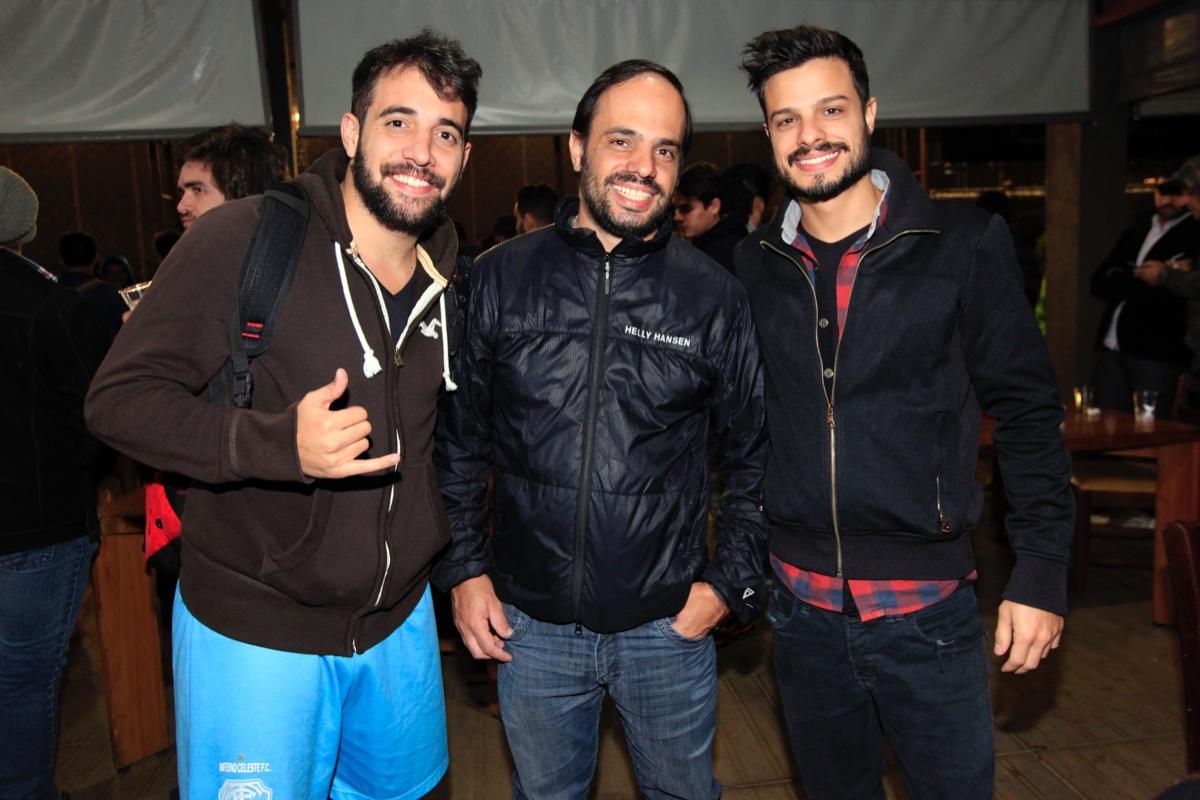 Victor Bellacosa, Felipe Aversa e  Vi Poncano.jpg