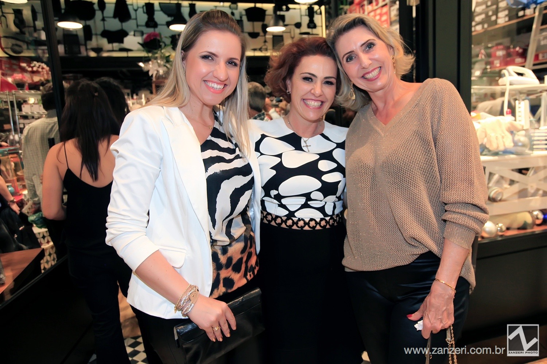 Debora Barcarollo, Lais Poveda e Regina Lipparelli