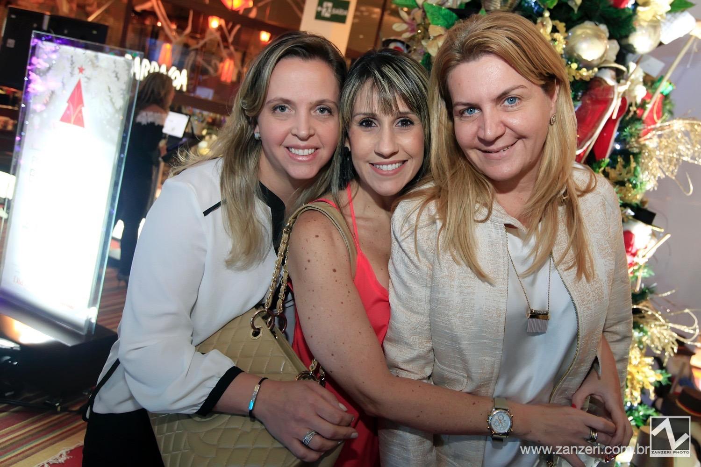 Claudia Gallasso, Leila Libardi e Andrea Pilar