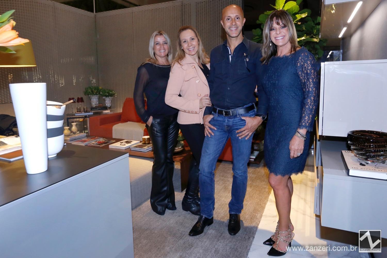 Sandra Sanpaulo, Lisete Araujo Genovesi, Ozeas de Araujo e Joia Bergamo_0001