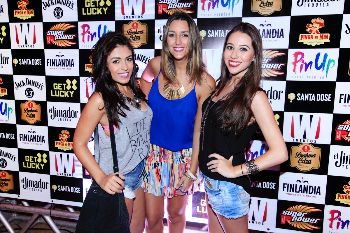 Helena Carvalho, Tais Fernandez e Silvia Garcia_0001.jpg