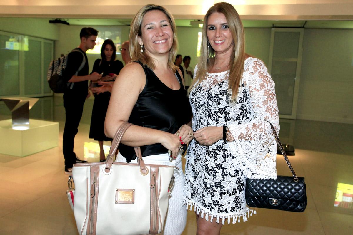 Cristina Bevilacqua e Josie Ximenes.jpg