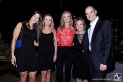 Tatiana Muraro, Lara Tonato, Mara Linhares, Celita Certain e Dudu Linhares