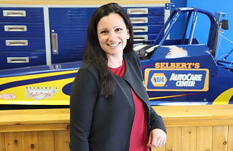 Debbie Morris Selbert's Auto Body Office Manager