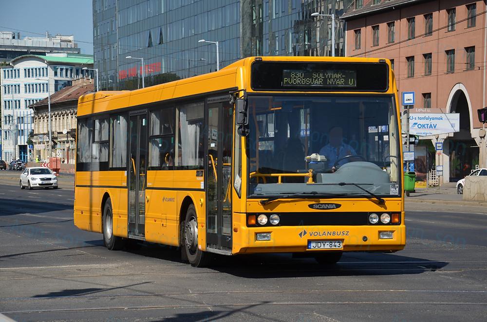 Volánbusz Zrt. egyik NABI 700SE-je a kettőből.