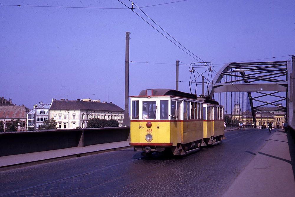 508_5_belvarosi-hid-1967.jpg